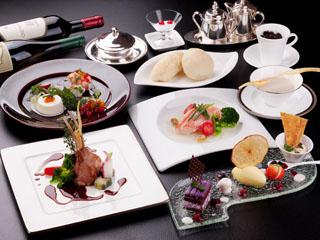 ホテルアンビエント蓼科 旬の食材がお皿を彩るフランス料理フルコース