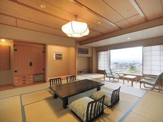 美ヶ原温泉 翔峰 部屋の一例/東館和室12.5畳