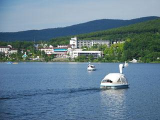白樺リゾート池の平ホテル 標高1450m白樺湖畔の大自然に広がる総合リゾート