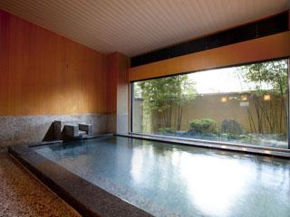 川上屋花水亭 天然掛け流しの大浴場