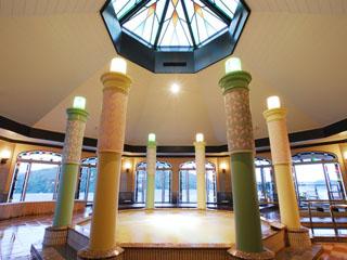 ホテル九重 大浴場「大正浪漫の湯」/浜名湖を眺めながら天然療養温泉で体の芯からほぐれる