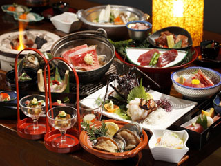 貸切風呂の宿 稲取赤尾ホテル 海諷廊 人気の炭火会席「雅」。伊豆の味覚をお楽しみください