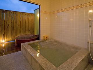 懐古ロマンの宿 季さら 全室温泉露天風呂&内湯完備。誰にも気兼ねすることなく、24時間ご利用可能