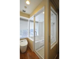 ホテルボストンプラザ草津びわ湖 サウスウイングのビューバスルームは窓際にお風呂あり
