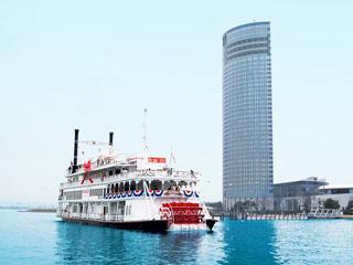 びわ湖大津プリンスホテル ホテルの前から外輪船「ミシガン」に乗って湖上観光も可能です