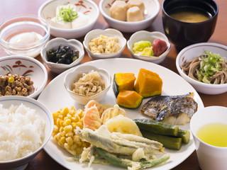 アランヴェールホテル京都 レストラン Piatto 朝食ビュッフェ2