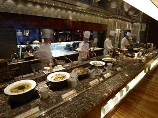 ホテルグランヴィア京都 朝食からカフェ、カジュアルダイニングやライブ・ブッフェなど多彩なバリエーション