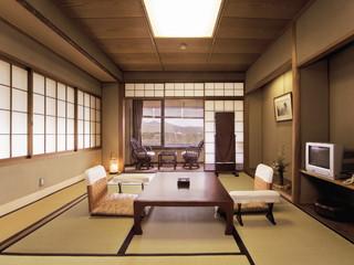 渡月亭 落ち着いた趣の客室