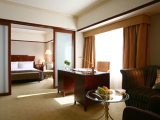 スイスホテル南海大阪 ゆったりとしたホテルライフを楽しめる、デラックススイート
