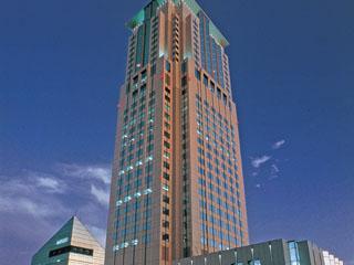 ホテル阪急インターナショナル 大阪・梅田駅そばのラグジュアリーホテル。42平方メートルのスーペリアツインなど、全室がスイート感覚のゆったりとした設計です。
