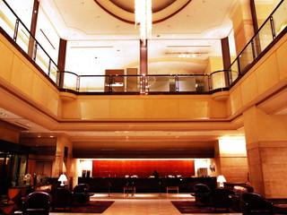 スターゲイトホテル関西エアポート ゆったりと落ち着いた雰囲気の1階ロビー