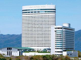 神戸ポートピアホテル 神戸ベイエリアを代表するシティリゾート。