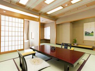 欽山 伝統ある数寄屋造の和室でゆったりとした寛ぎのひと時を