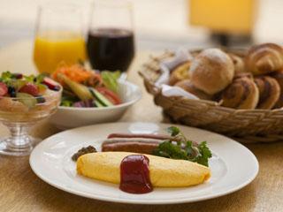 神戸ベイシェラトンホテル&タワーズ 朝食は和洋中約50種類のバイキングが愉しめる