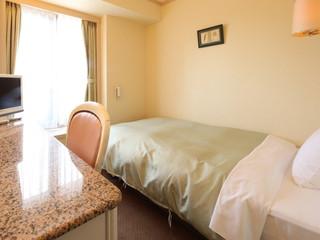 神戸三宮ユニオンホテル ベッドは全室シモンズ製