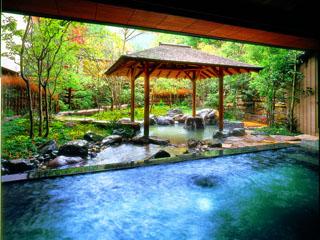 西村屋ホテル招月庭 大浴場・露天風呂・ジャグジー・ミストサウナを備える