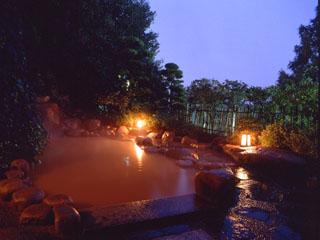 有馬温泉 兵衛向陽閣 名湯有馬の全泉を湛えた露天風呂でゆったりしたひと時を