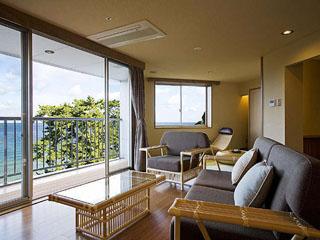 夢海游淡路島 和みフロアコーナースイートから大浜を望む