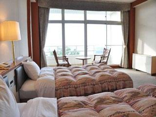 INFINITO HOTEL&SPA 南紀白浜 洋室の海側のお部屋。太平洋を一望出来る眺望は多くのお客様から満足されています