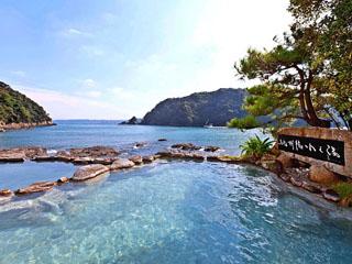 南紀勝浦温泉 ホテル中の島 癒しの絶景露天風呂「紀州潮聞之湯」