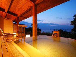 浜千鳥の湯 海舟 源泉100%掛け流しの露天風呂つき離れ客室