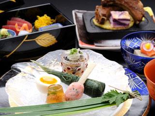 カヌチャベイホテル&ヴィラズ 地産地消を掲げ、こだわりの地元食材で作るお料理でおもてなし致します