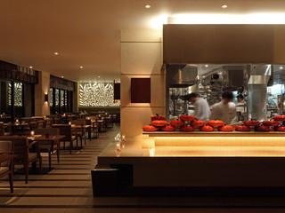カフーリゾートフチャク コンド・ホテル Wine & Dining The Orange