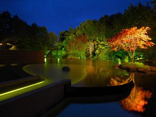 星野リゾート 青森屋 四季折々の風情が楽しめる青森屋自慢の露天風呂