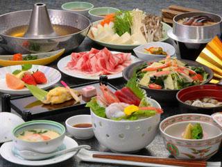 湯の杜ホテル志戸平 花巻産「白金豚しゃぶしゃぶ」など、地元の食材を活かした山海料理