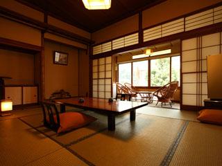 彌榮館 改装されていない昔ながらの和室「懐かしの間」(明石)