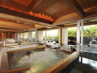 きぬ川ホテル三日月 自慢のお風呂で癒しの時間をお過ごし下さい