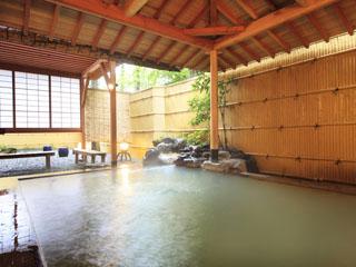 リゾートホテルリ・カーヴ箱根 大涌谷から引き込んだ良質のにごり湯