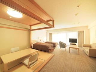 リゾートホテルリ・カーヴ箱根 客室・和洋室は広さ60平方メートル。大浴場のある北館