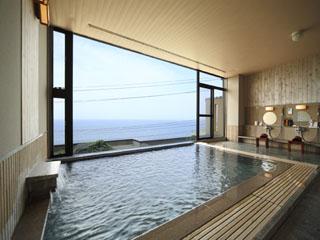 海游能登の庄 広大な日本海一望の展望風呂