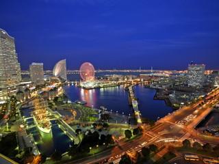 ニューオータニイン横浜プレミアム 海側の客室から望む夜景は「感動夜景」と称されるほど
