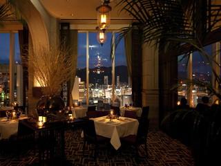ORIENTAL HOTEL 神戸ならではの食材の味を楽しめるメインダイニング
