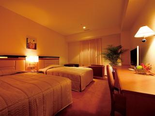 ホテルクラウンパレス神戸 全室シモンズ製ベッドをご用意