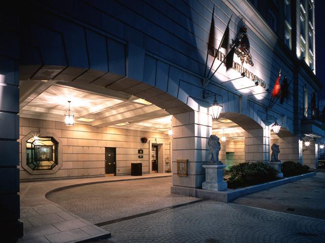 ホテルモントレ札幌 中世ヨーロッパの街並みを思わせる石畳のエントランス