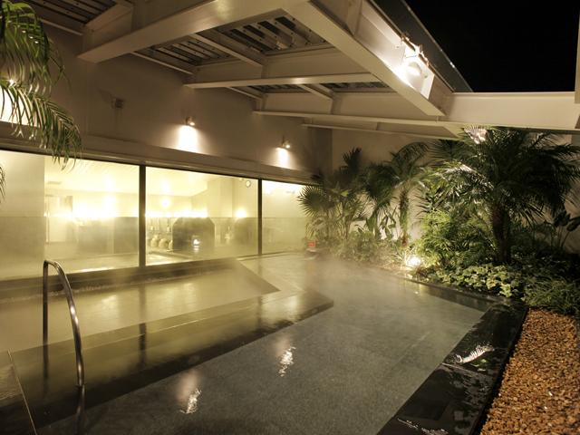 天然温泉付き大浴場「ほほえみの湯」