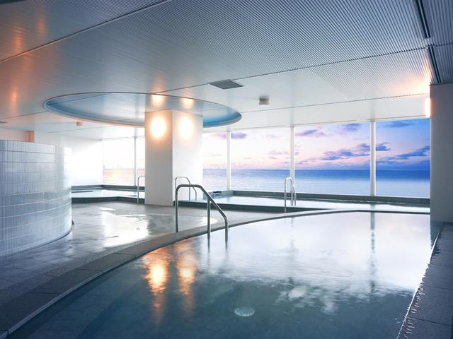 ホテル最上階の展望大浴場「マーメードオアシス」
