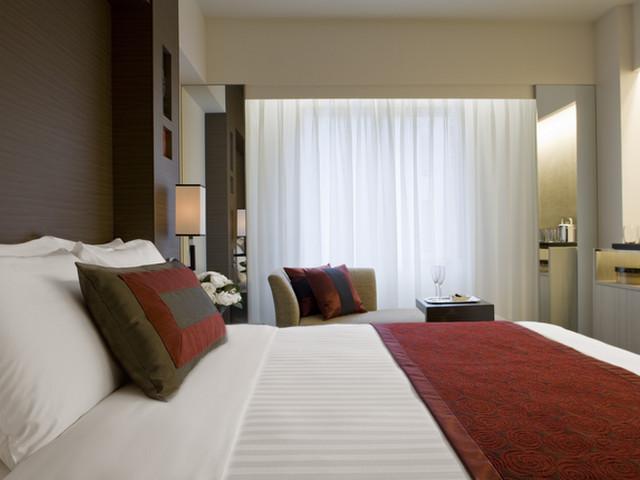 コートヤード・マリオット銀座東武ホテル ベッドは10インチ低ウレタンマットを採用