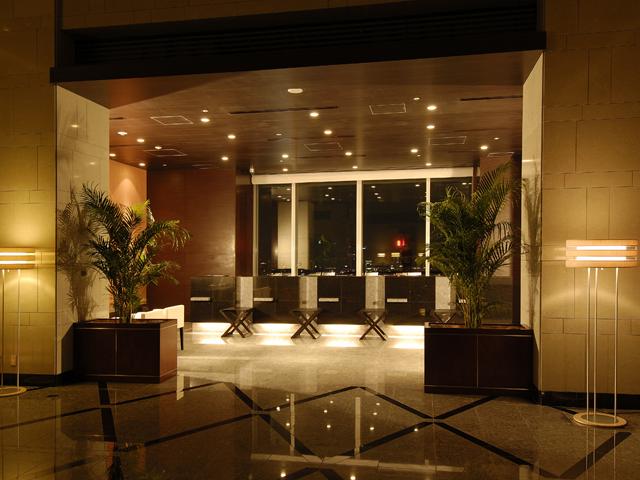 ホテルメトロポリタン丸の内 フロント