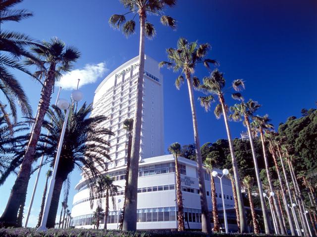 熱海後楽園ホテル 熱海の白いランドマークタワー館