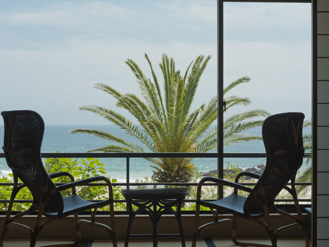 浜辺の宿 濤亭・TOUTEI 全室海側。オーシャンフロントのロケーションが自慢