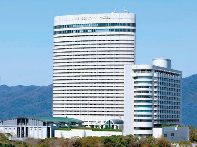 神戸ポートピアホテル ポートアイランドのランドマークとなる象徴的な外観