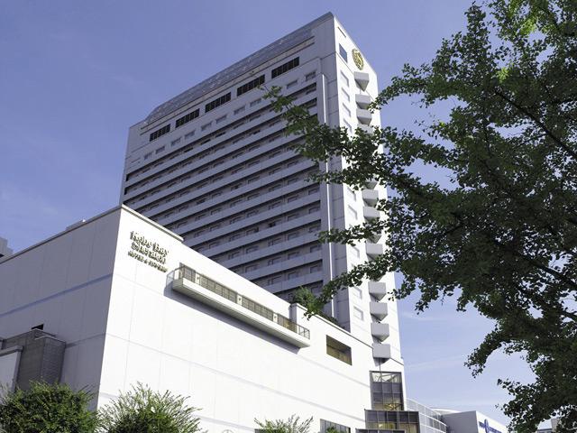 神戸ベイシェラトンホテル&タワーズ 高層階北側から六甲山のきらめく夜景がお愉しみ頂けます