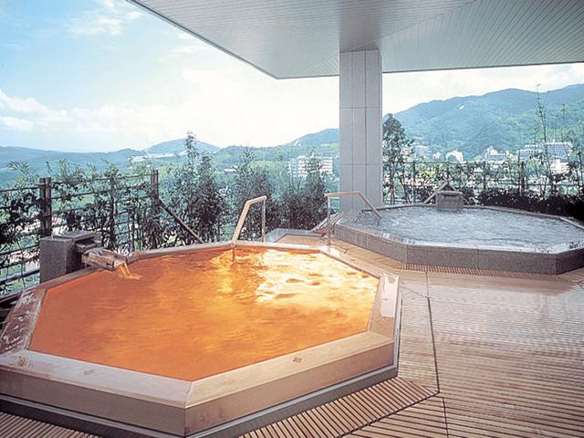有馬グランドホテル 9階展望大浴苑「雲海」露天風呂