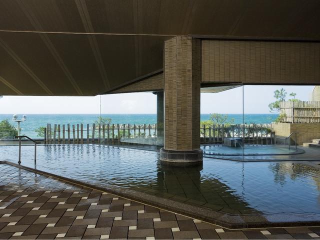皆生グランドホテル天水 皆生温泉内で唯一の自家源泉を使用した自慢の大浴場