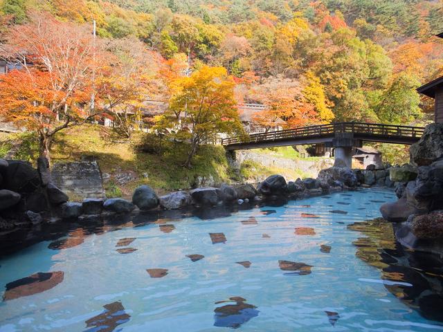 大沢温泉山水閣 秋の風景