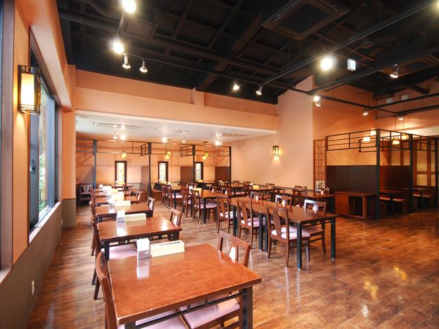 塔ノ沢 一の湯 新館 明るく開放感あふれるレストラン